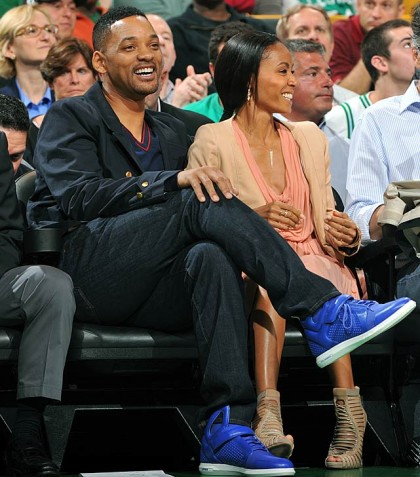 #11 will-smith-jada-pinkett-smith at 76ers playoff game