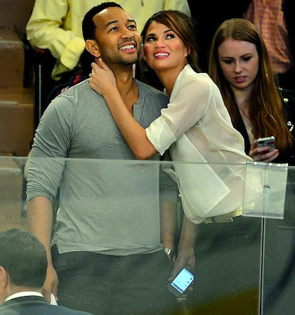 john legend and chrissy teigen rangers capitals game 7 madison square garden