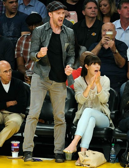 #13 justin timberlake and jessica biel at lakers playoff game