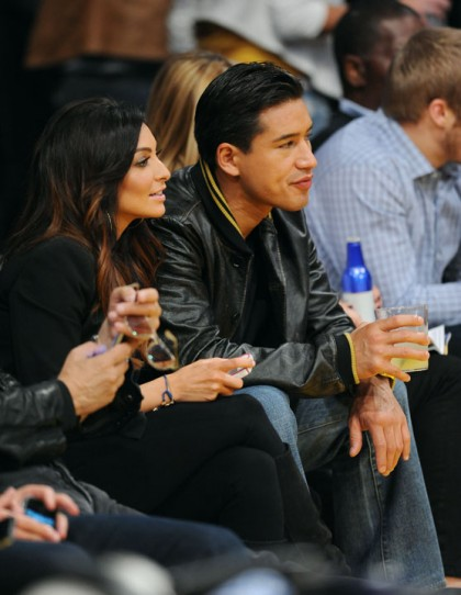 #19 mario lopez and courtney mazza at lakers playoff game