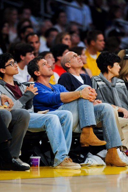 #21 antonio banderas at lakers playoff game