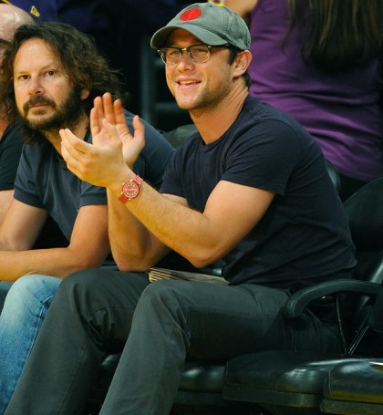 #28 joseph gordon-levitt at lakers playoff game