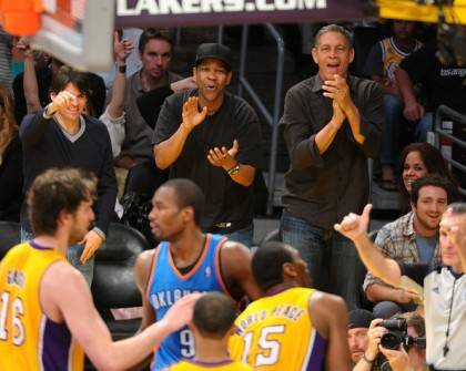 #7 denzel washington at lakers playoff game