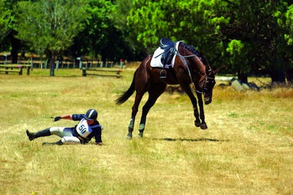Falling-off-horse injury