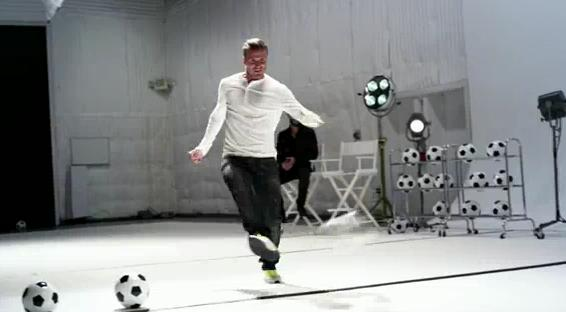 david beckham plays Beethoven's Ode To Joy in samsung galaxy commercial