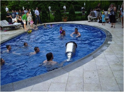 stanley cup in mario lemieux's swimming pool