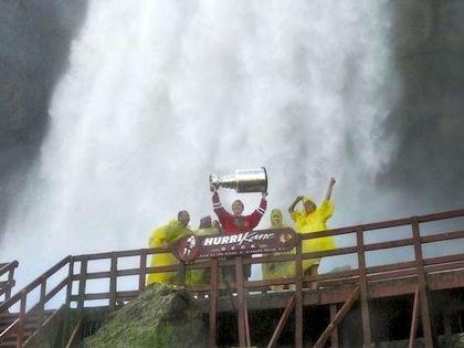 stanley cup under niagara falls