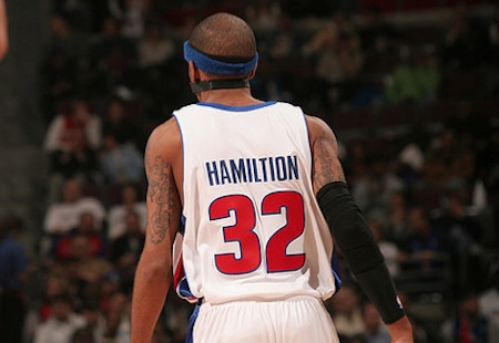 21 richard hamilton misspelled jersey