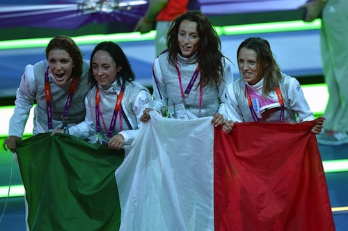 #8 italy women's gold medal foil team