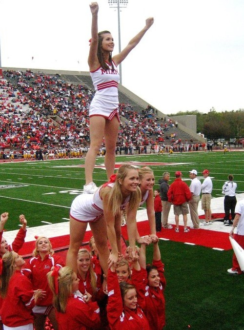 8 miami ohio football cheerleaders