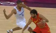 France's Nicolas Batum Punches Spain's Juan Carlos Navarro In The Groin (Video)