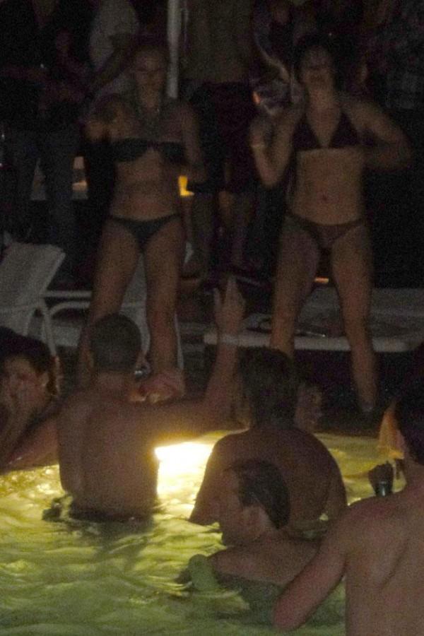bikini partiers at wynn vegas prince harry