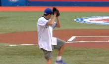 Charlie Sheen Throws Out The Opening Pitch At The Rogers Centre (Video)