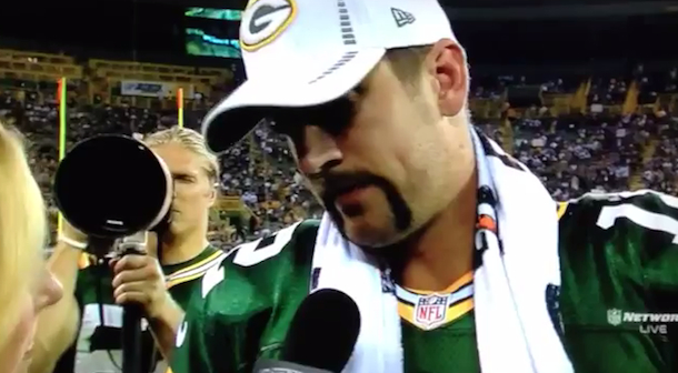 clay matthews photobombs aaron rodgers