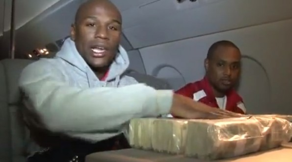 floyd mayweather jr count million on jet