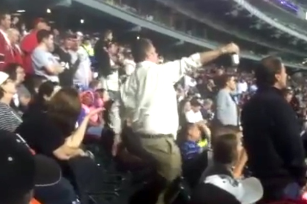 guy dancing at white sox game