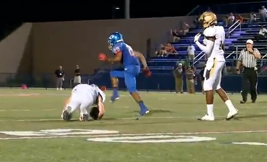 Here's The Hardest Football Hit You'll See All Year (Video ...