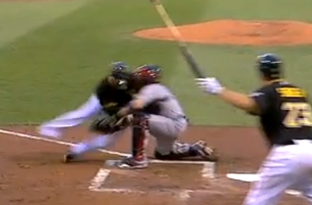 josh harrison collides with yadier molina at home plate