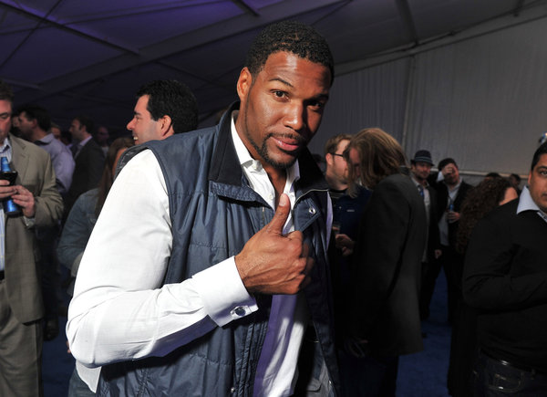 michael strahan co-host live with kelly rips