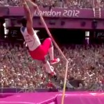 pole breaks on lazaro borges during olympic pole vault