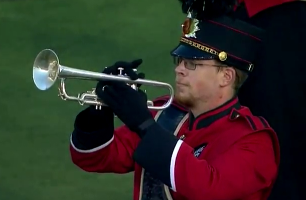 cincinnati marching band trumpet player pretends to play broken trumpet
