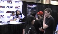 Awesome Prank At UFC Fan Expo In Vegas: A Bunch Of People Line Up For Autographs From Fake Fighter (Video)