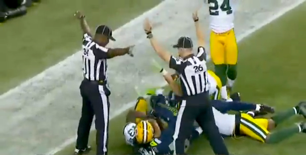 replacement ref referees blow call monday night football packers seahawks