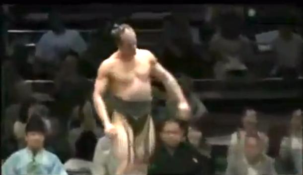 takanoyama shuntaro smallest sumo wrestler
