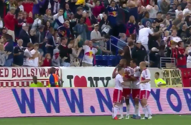thierry henry awesome goal corner kick olimpico