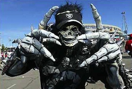 3 creepy skeleton demon raiders fan creepy nfl fans