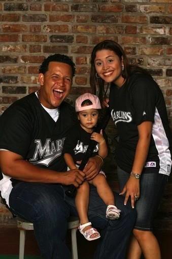 7 Rosangel-Cabrera-Detroit-Tigers-Miguel-Cabrera-wife