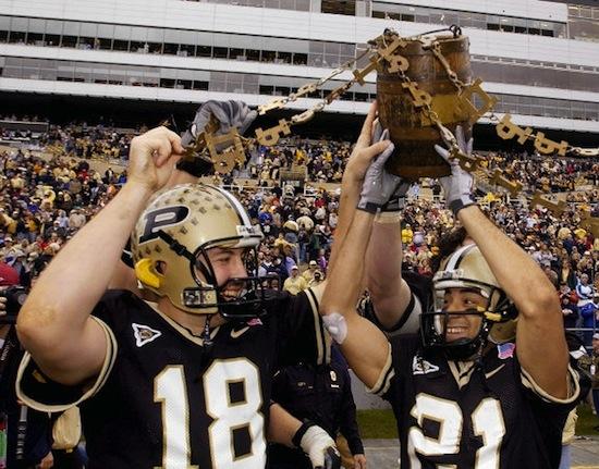7 old oaken bucket trophy (indiana hoosiers vs. purdue boilermakers) weird college football trophies