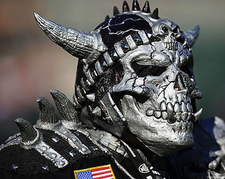 7 raiders fan creepy nfl fans skeletor