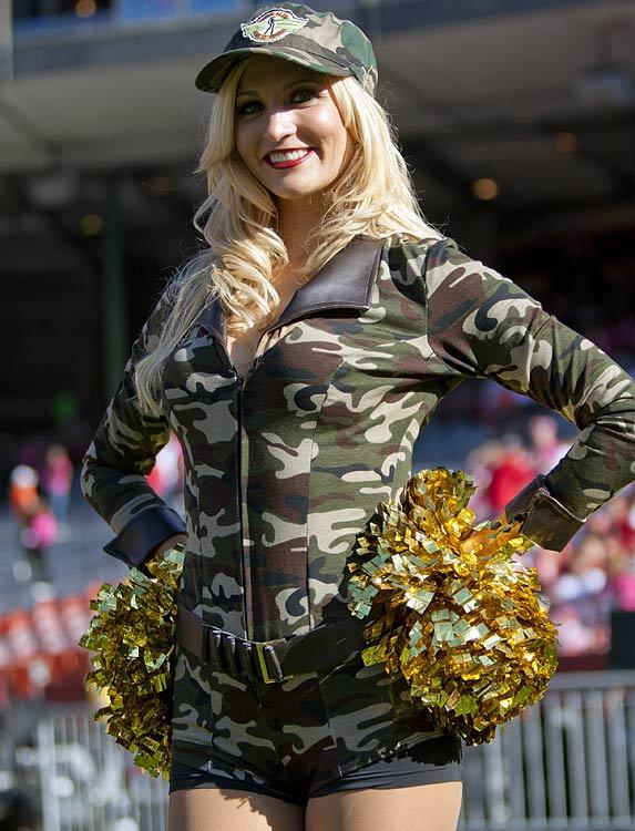 8 Sexy Army Girl - NFL Cheerleaders Halloween Costumes (San Francisco 49ers  Gold Rush) 953ab38bf
