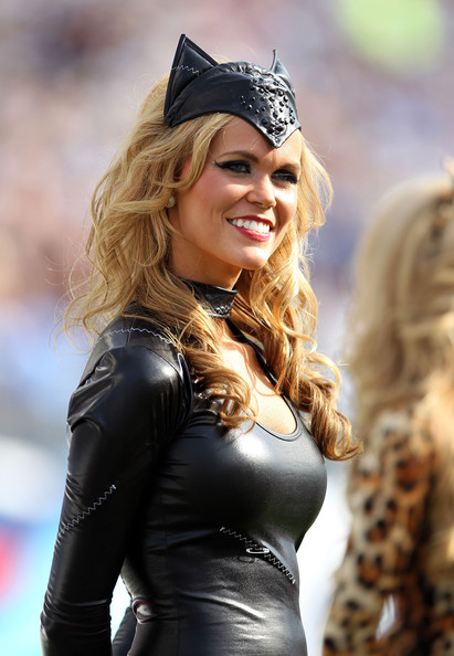 9 Catwoman - NFL Cheerleaders Halloween Costumes