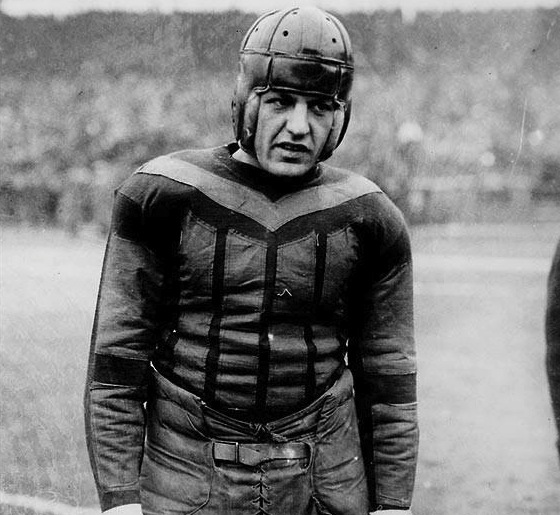 9 red grange bears hometown sports heroes
