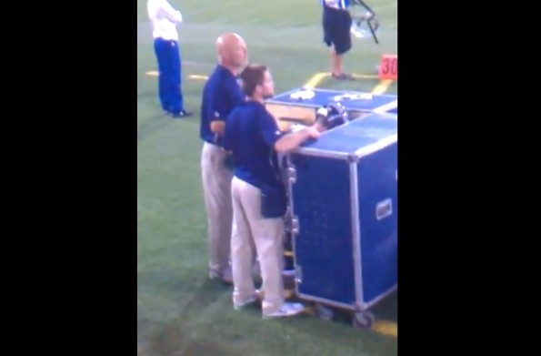 Steven Hauschka urinating