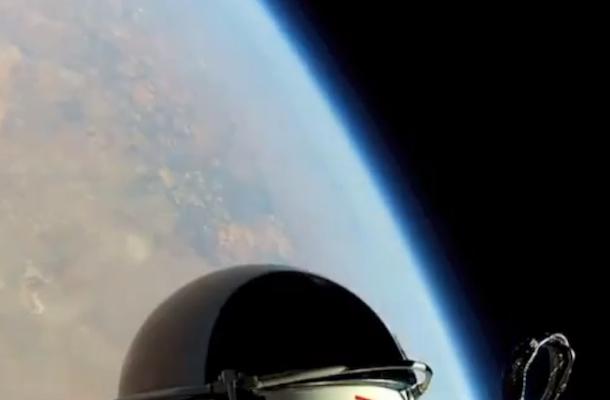 baumgartner red bull stratos chest cam
