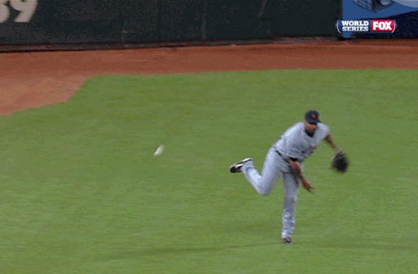 delmon young tigers world series terrible throw