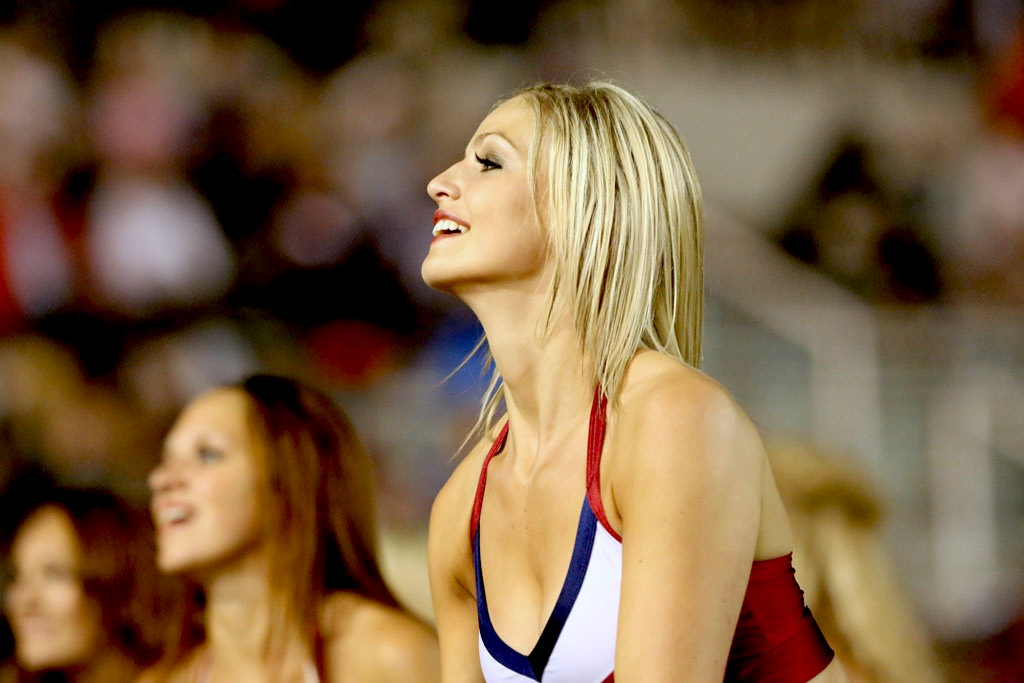 1 Montreal Alouettes Cheerleader (Audrey) - Hottest CFL Cheerleaders