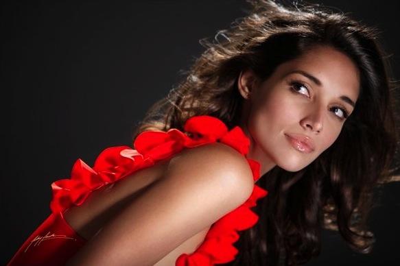 3 Amelia Vega (Al Horford) - NBA WAGs 2012-13