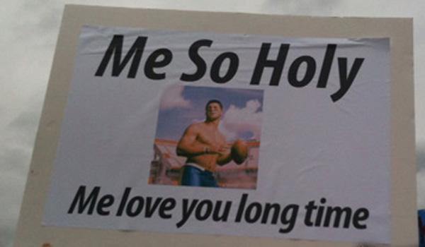 4 great funny ESPN college gameday signs - tebow me so holy