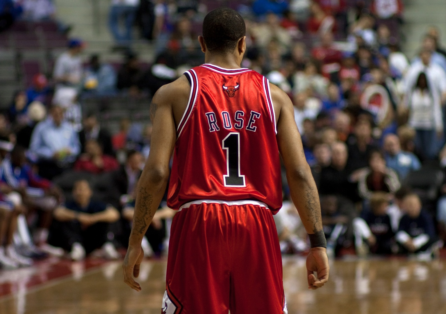 5 Derrick Rose - best selling NBA jerseys