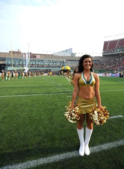 5-Edmonton-Eskimoes-Cheerleader-Victoria-Hottest-CFL-Cheerleaders