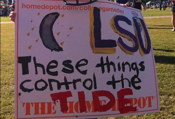 8 great funny ESPN college gameday signs - these things control the tide