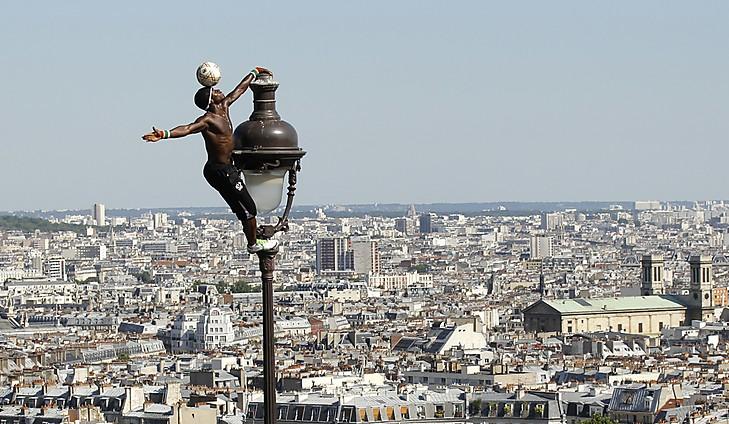 iya-traore-freestyle-soccer-paris