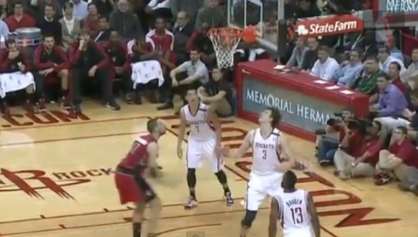 omer asik own basket