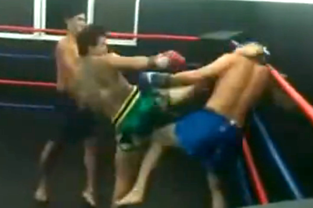 one-sided muay thai fight