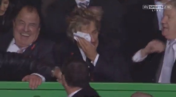 rod stewart cry celtic barca