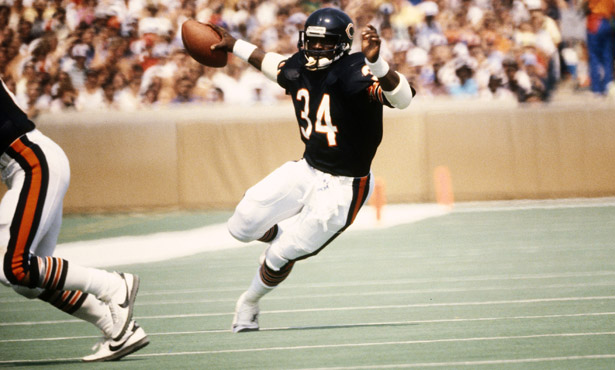 This Day In Sports History (November 20th) -- Walter ...Walter Payton Jumping Touchdown